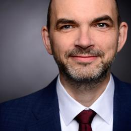 Keynote Speaker Ulrich Reinhardt